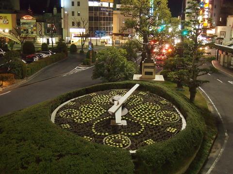 倉敷駅南口の花時計