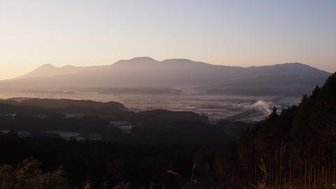 えびの盆地の朝