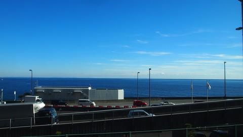 34東海道線車窓からみた海