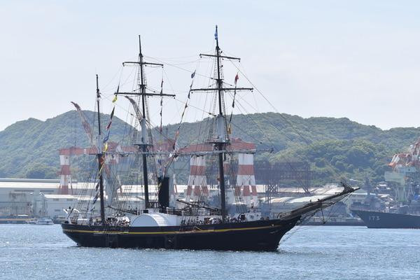 長崎帆船まつりと護衛艦 (31)