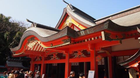 青島神社ご拝殿 (2)