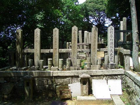 長州の志士たちの墓