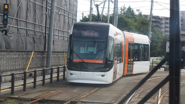 富山ライトレール鉄道むすめラッピング(緑) (28)