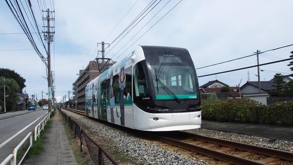富山ライトレール鉄道むすめラッピング(緑) (6)