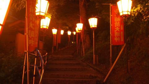 43ぼんぼり点灯(湯涌稲荷神社)