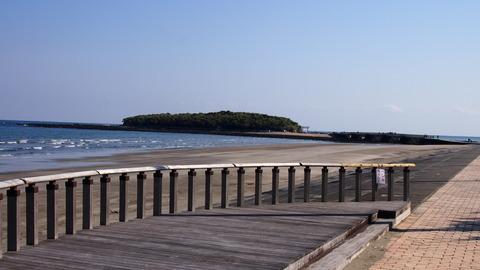 青島海岸から青島を飲む(2)