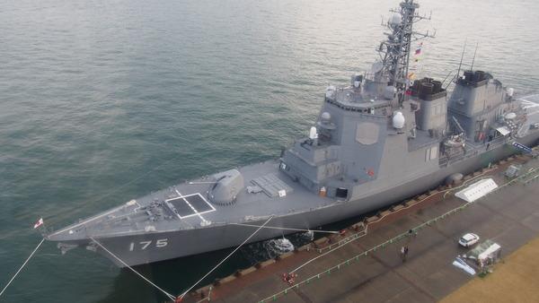 護衛艦みょうこうin下関(E-PL6) (106)