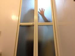 今日。つい数分前。  生まれて約30年、初めて幽霊というものを見た。