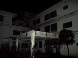 ホテル跡の廃墟
