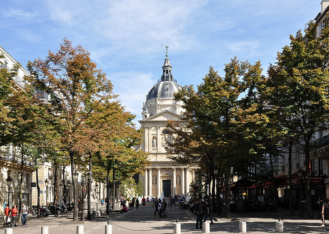 800px-Chapelle_Sainte-Ursule_de_la_Sorbonne,_Paris_5th_003