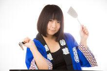 TSU_okonomiyakijyosi_TP_Vs