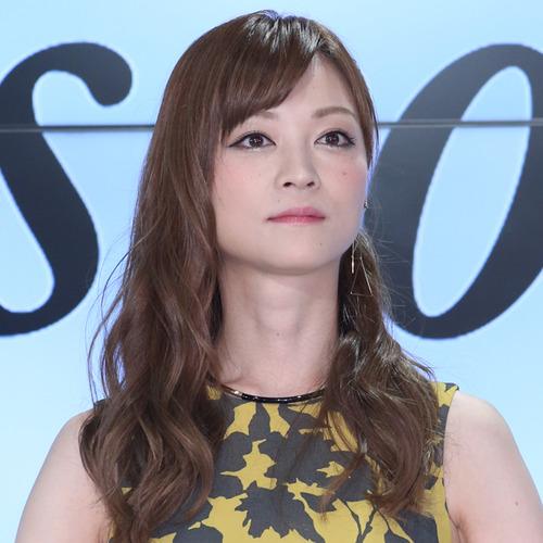 yoshizawa_hitomi_01