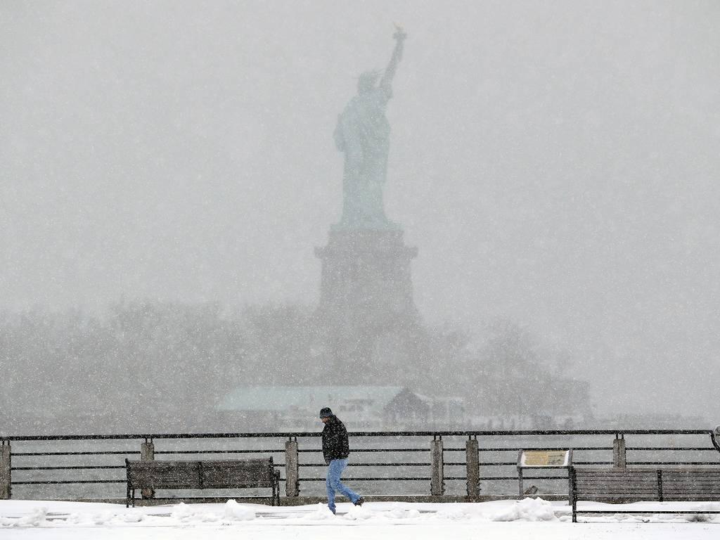 アメリカ北東部・猛吹雪に関連した画像-03