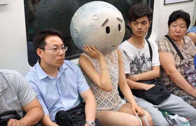 北京地下鉄8号線に月に関連した画像-04