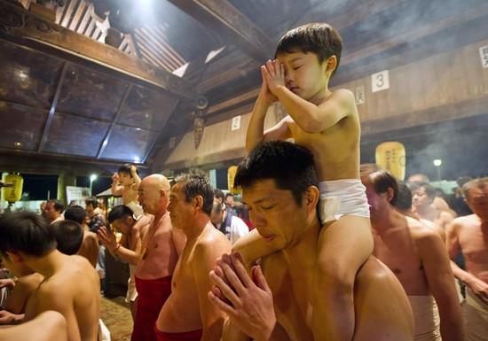裸祭りに関連した画像-04