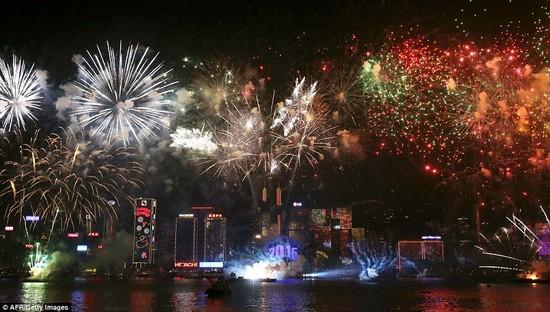 【2015年】世界各国、新年の花火に関連した画像-05