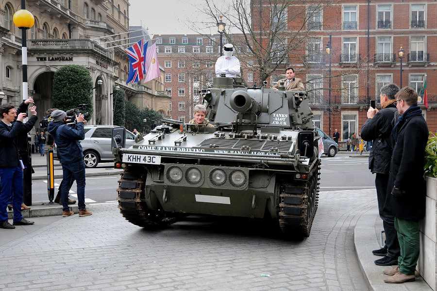 戦車出動!スティッグが嘆願書をBBCへ提出に関連した画像-02