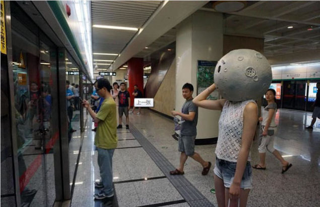 北京地下鉄8号線に月に関連した画像-03