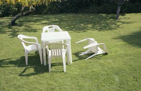 イギリス南東部ケント州で地震に関連した画像-06