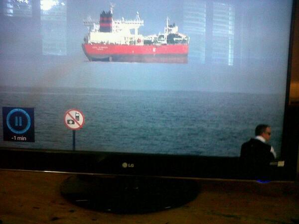 空飛ぶ船に関連した画像-02