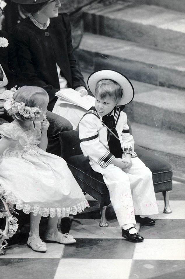 やんちゃなジョージ王子とウィリアム王子に関連した画像-06