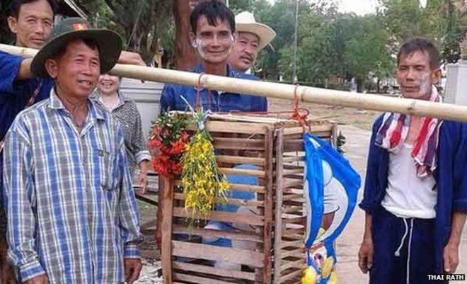 ドラえもん、タイの「雨乞いの儀式」で守り神にに関連した画像-04