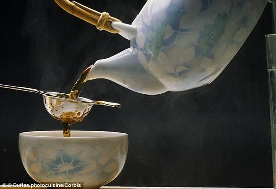 ミルクが先か、紅茶が先かに関連した画像-02