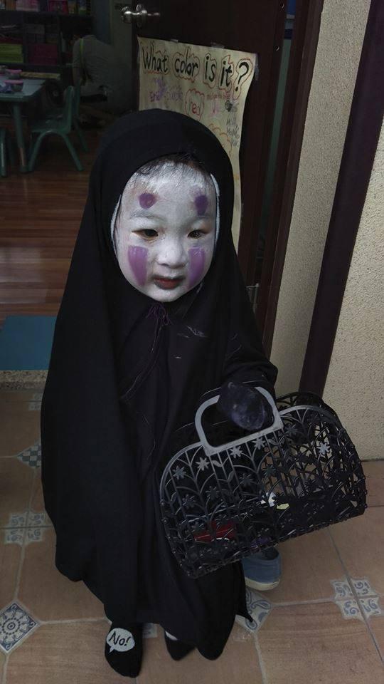 園児がハロウィンでカオナシの仮装に関連した画像-08