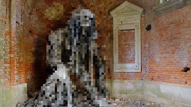 ポーランドの霊廟に関連した画像-01