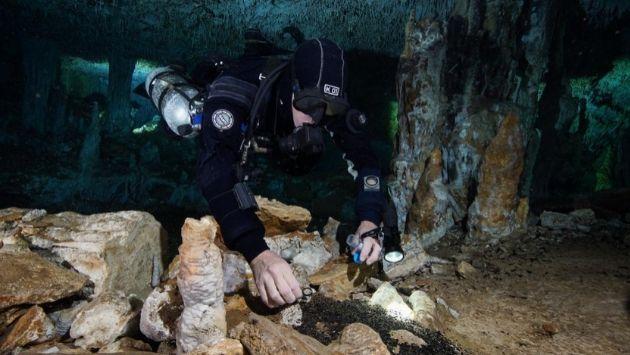 メキシコ 水中洞窟 採掘場に関連した画像-01