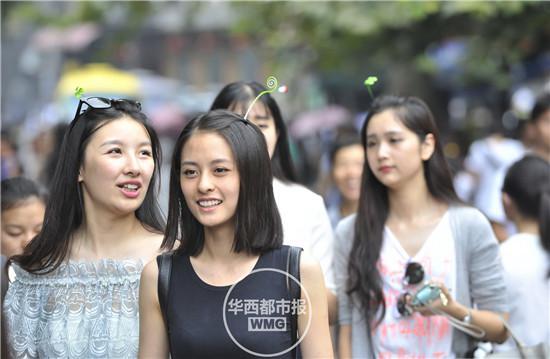 頭から発芽したように見える髪飾りが中国でバカ受けに関連した画像-08