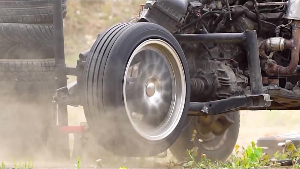 ロシア タイヤ 音速 マッハ Garage54