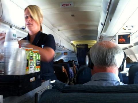 パイロットと客室乗務員が明かす衝撃の事実に関連した画像-08