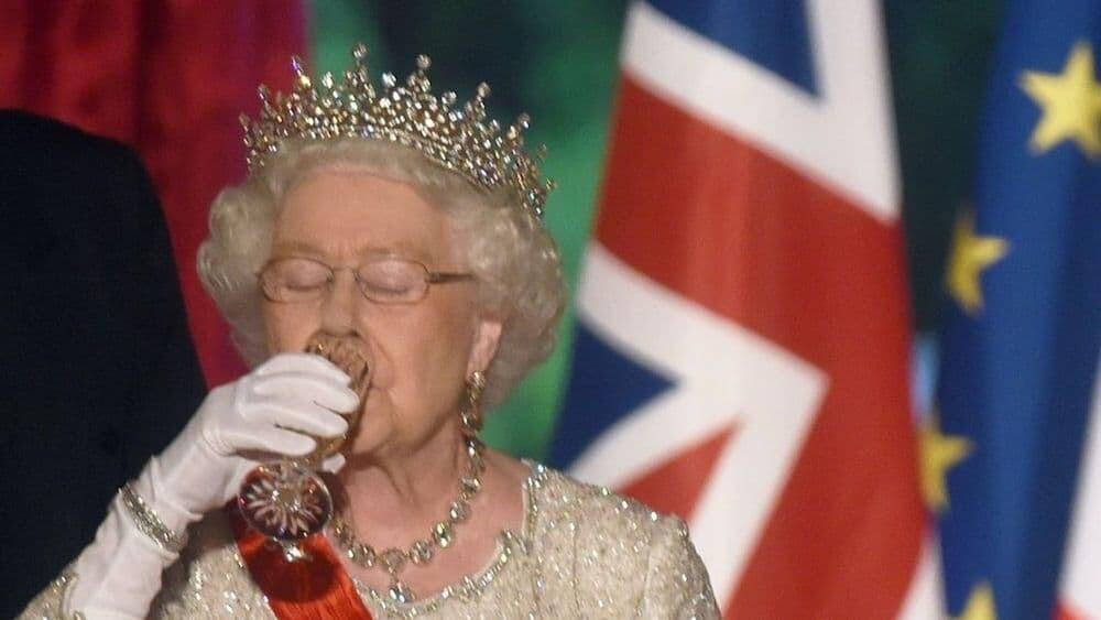 エリザベス女王 イギリス 英国王室 禁酒