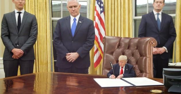 小さいトランプ(Tiny Trump)に関連した画像-10