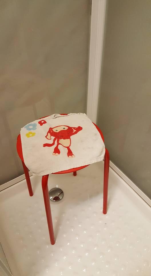 IKEAで購入したスツール「MARIUS」に関連した画像-03