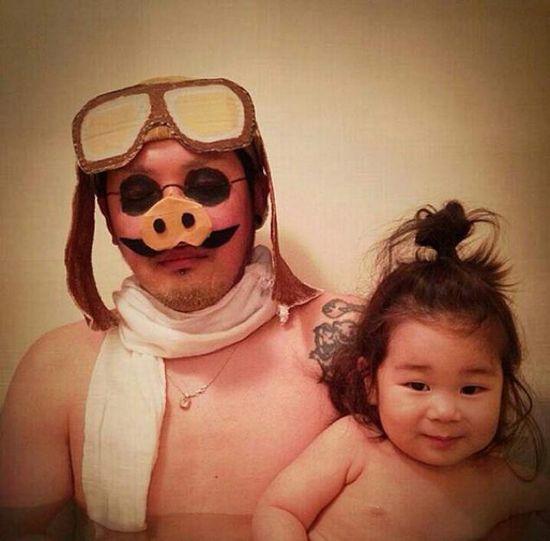 風呂をコスプレショーの場に変えた日本人父娘に関連した画像-10