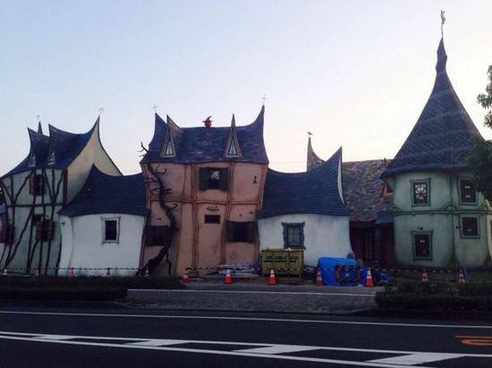 浜松にある「魔女の館」に関連した画像-03
