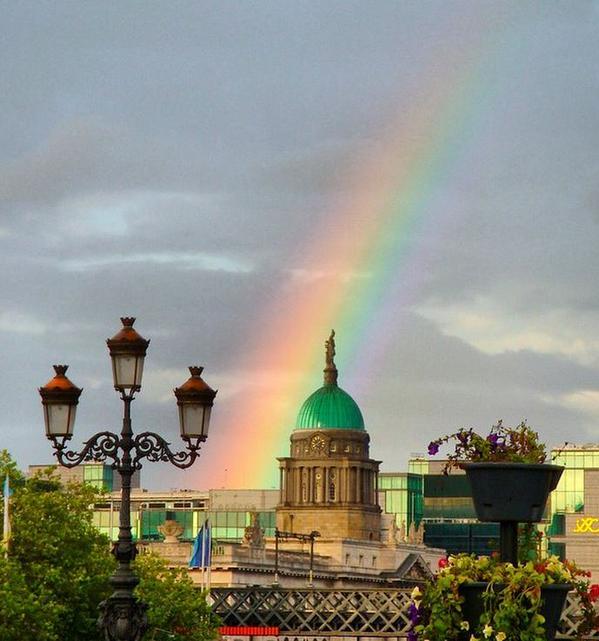 ホワイトハウス上空に虹に関連した画像-03