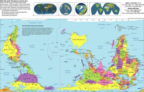 黒板にフリーハンドで世界地図を描いていく先生に関連した画像-06