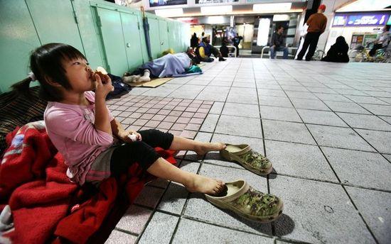 なぜ日本のホームレスは『物乞い』しないの?に関連した画像-01