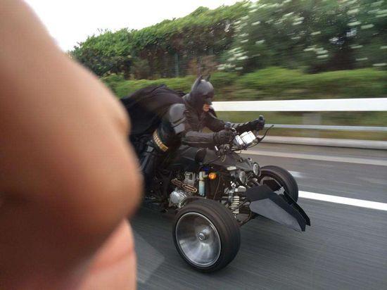 千葉の高速道路で『バットマン』が出に関連した画像-05