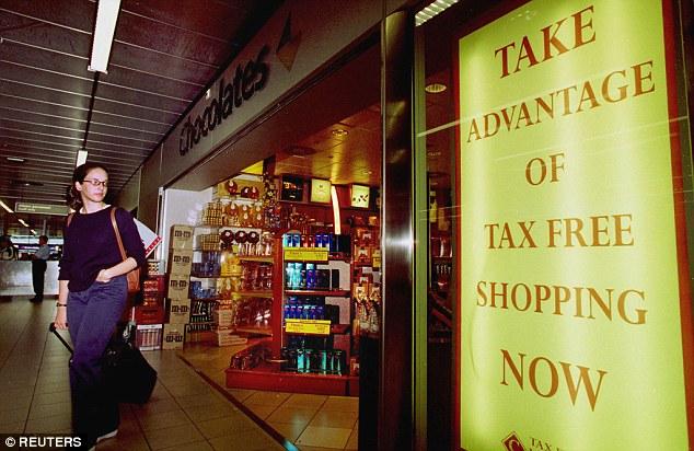 空港で買い物する時に搭乗券呈示に関連した画像-02