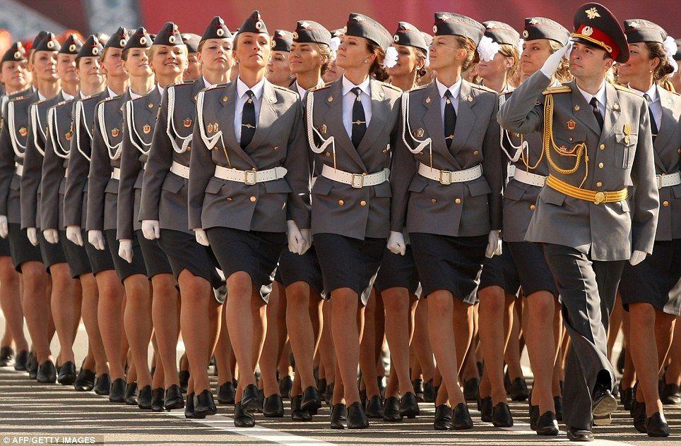 ロシアの女性警官に関連した画像-06