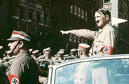 敗戦国である日本の指導者は歴史を逆行させているに関連した画像-02