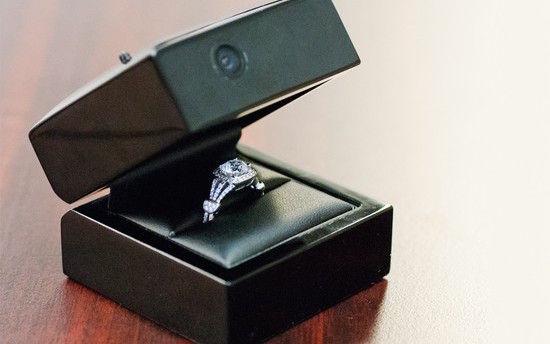 証明写真機のブース内で彼女にプロポーズに関連した画像-06