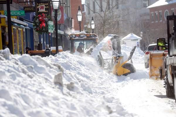 アメリカ北東部・猛吹雪に関連した画像-05