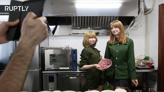 ナスチャさんが店長を務めるメイドカフェ「ItaCafe」に関連した画像-05