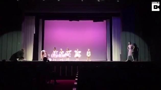 バレエ発表会の練習中にステージで娘が大泣きに関連した画像-02