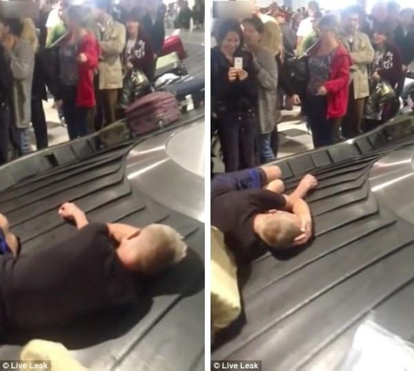 空港の荷物用ターンテーブルでおっさんに関連した画像-03